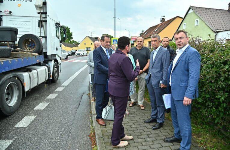 ŘSD opravuje most přes trať, hlavní tah do Rakouska čekají uzavírky